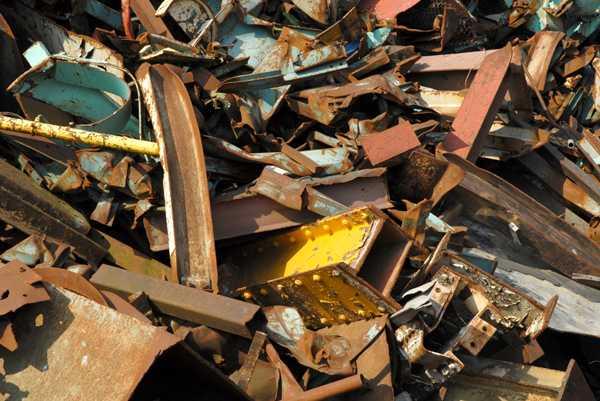 Купим лом черных металлов в Ильинское прием металлолома круглосуточно в Каменское